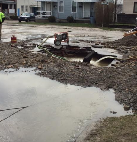 Water Main Break Closes City Intersection