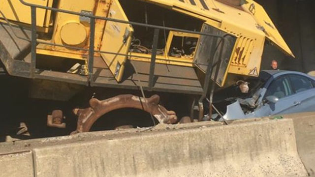 Oversized Load Hits Turnpike Overpass