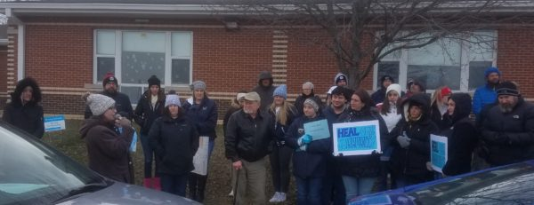 Knoch Rally: 100 Show Up To Support Contract Resolution