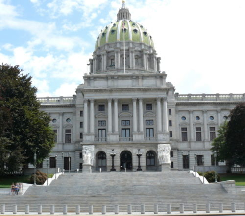 Gov. Urges Lawmakers To Fund State Budget