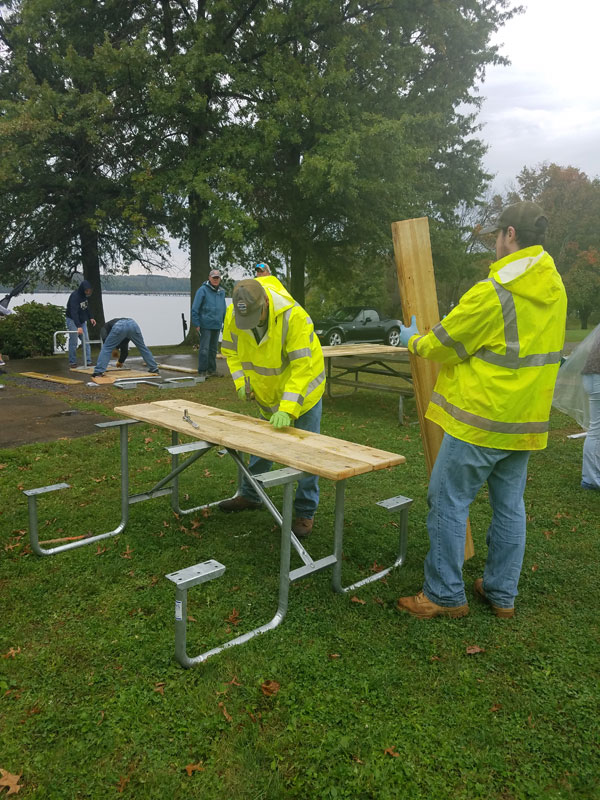 Volunteers Build Benches At Moraine State Park